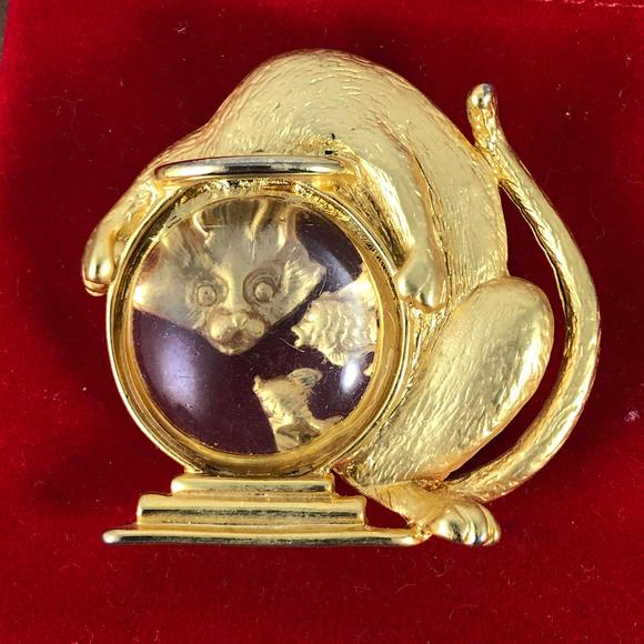 Vintage Jewelry - Vintage J Jonette Jewelry Gold Fish teases the Cat